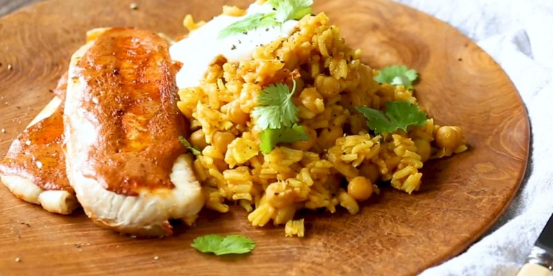 Tandoori Fish with Chickpea and Tomato Pilaf