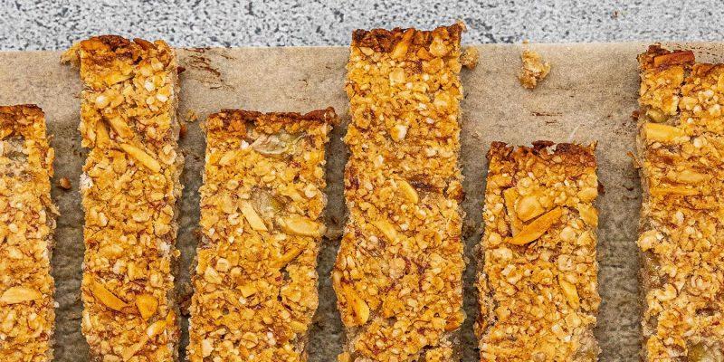 Banana, Almond & Honey Flapjacks Recipe