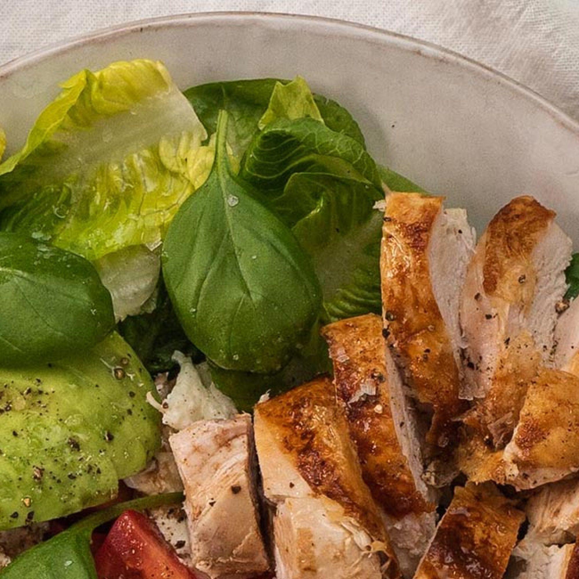 Chicken Caprese Salad Recipe